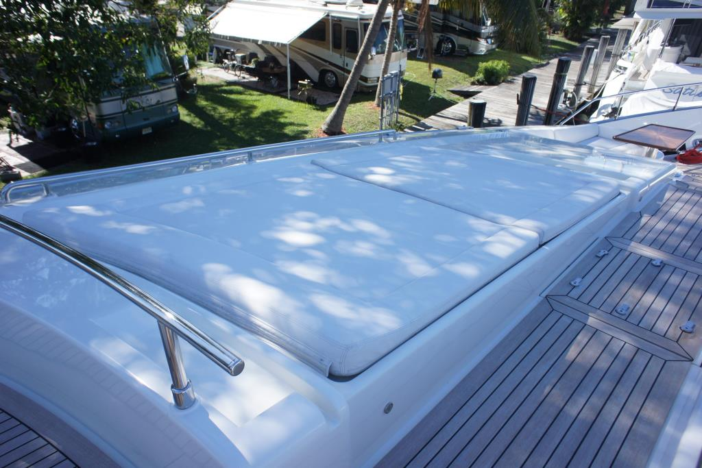 Photo 32 for 2012 Ferretti Yachts Custom Line 100