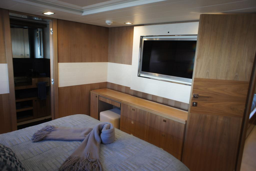 Photo 65 for 2012 Ferretti Yachts Custom Line 100