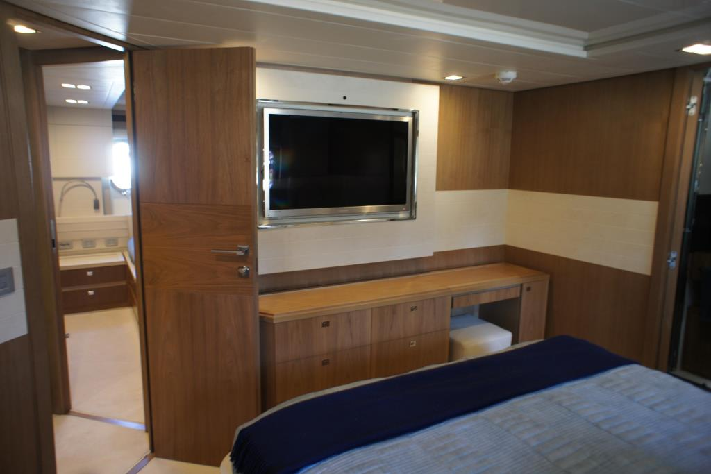 Photo 72 for 2012 Ferretti Yachts Custom Line 100