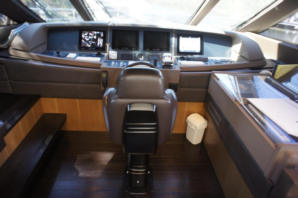 Photo 90 for 2012 Ferretti Yachts Custom Line 100