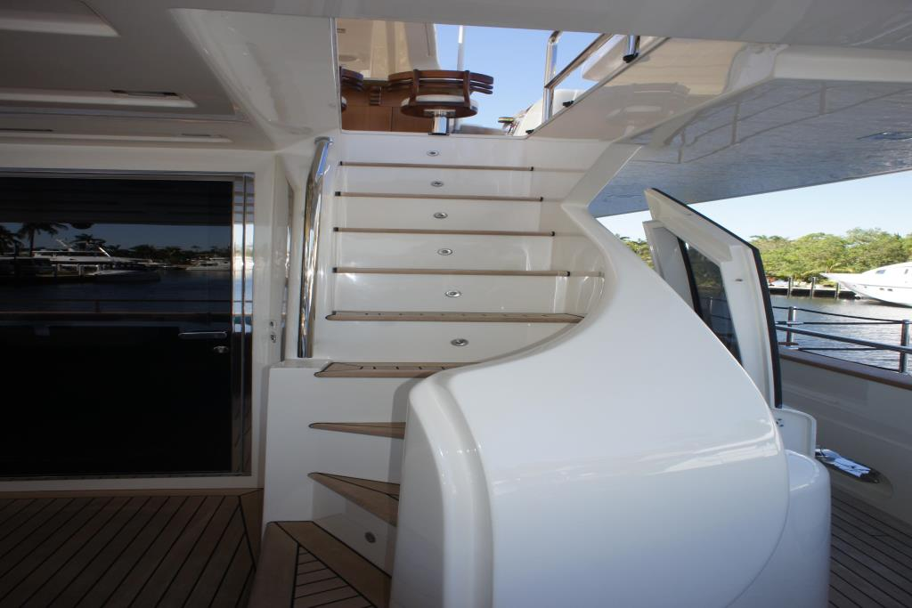 Photo 14 for 2012 Ferretti Yachts Custom Line 100