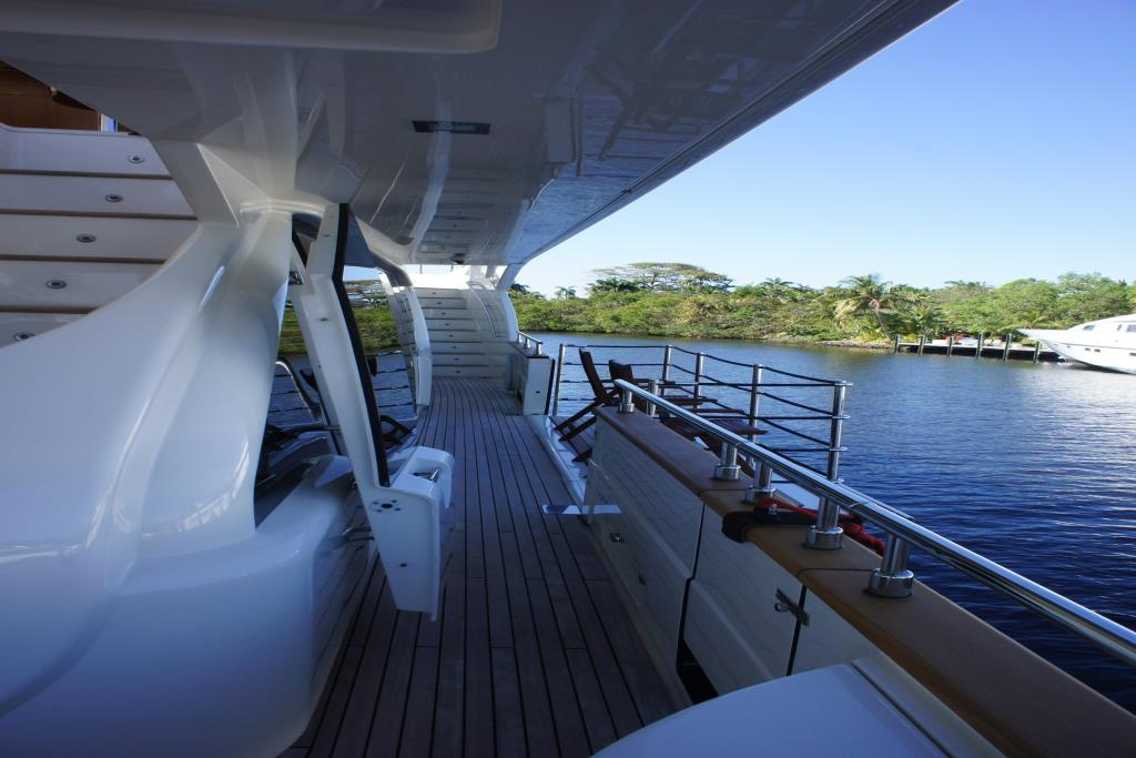 Photo 15 for 2012 Ferretti Yachts Custom Line 100
