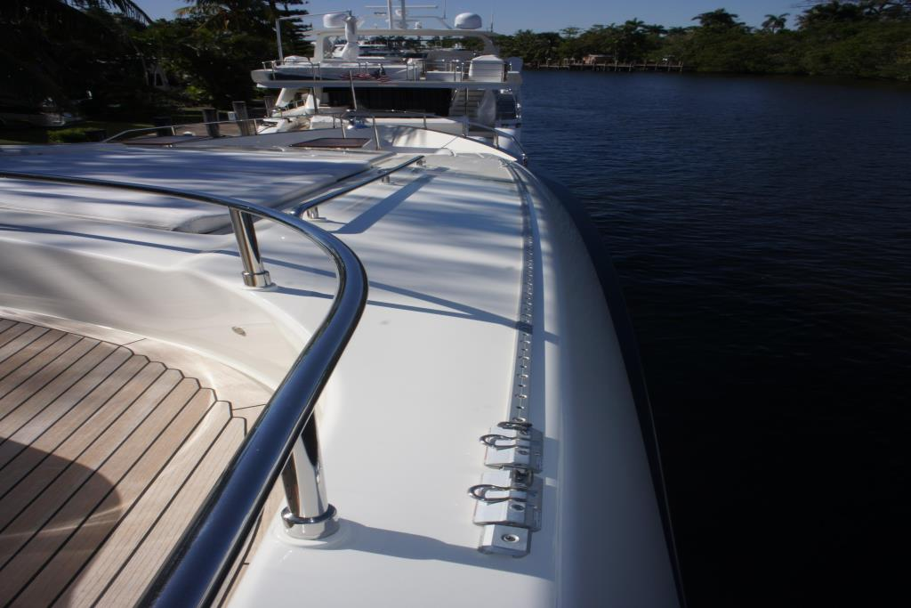 Photo 41 for 2012 Ferretti Yachts Custom Line 100