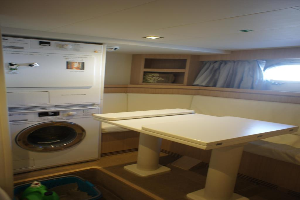 Photo 102 for 2012 Ferretti Yachts Custom Line 100