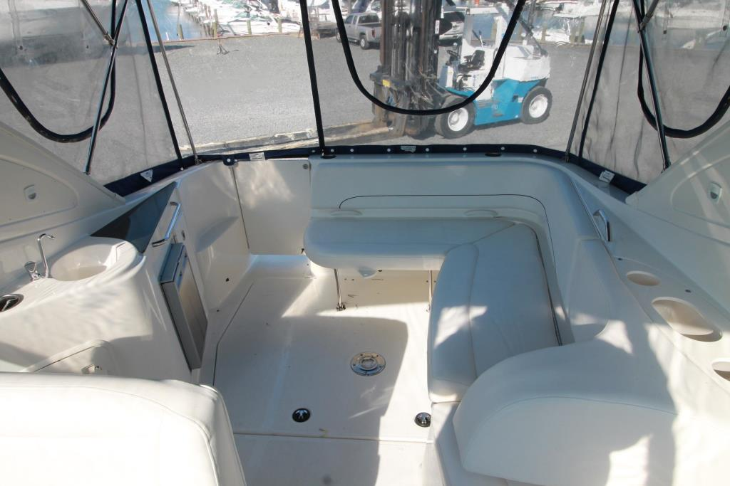 2012 Bayliner 335 SPORT BRIDGE Image Thumbnail #6