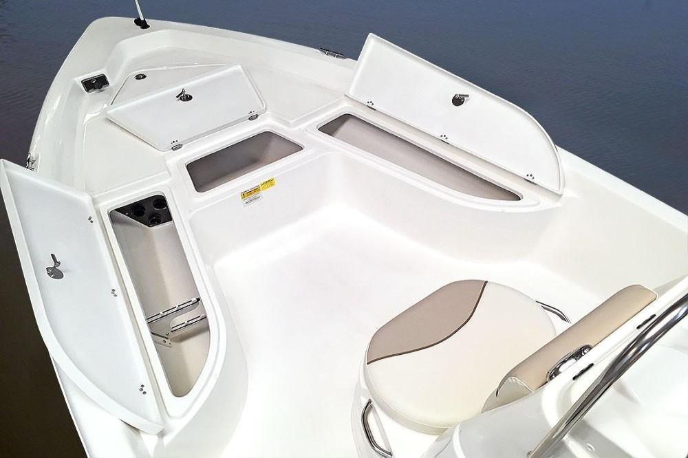 2020 NauticStar                                                              2140 Shallow Bay Image Thumbnail #8