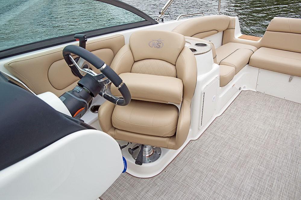 2020 NauticStar                                                              243DC Sport Deck Image Thumbnail #10