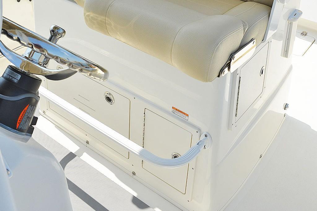 2020 NauticStar                                                              28 XS Offshore Image Thumbnail #21