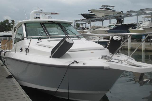 2012 Boston Whaler 345 Conquest Image Thumbnail #1