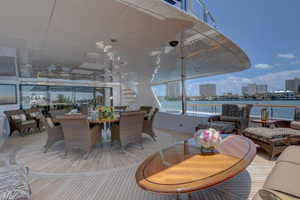 2010 Trinity Yachts Tri-Deck MY Image Thumbnail #19