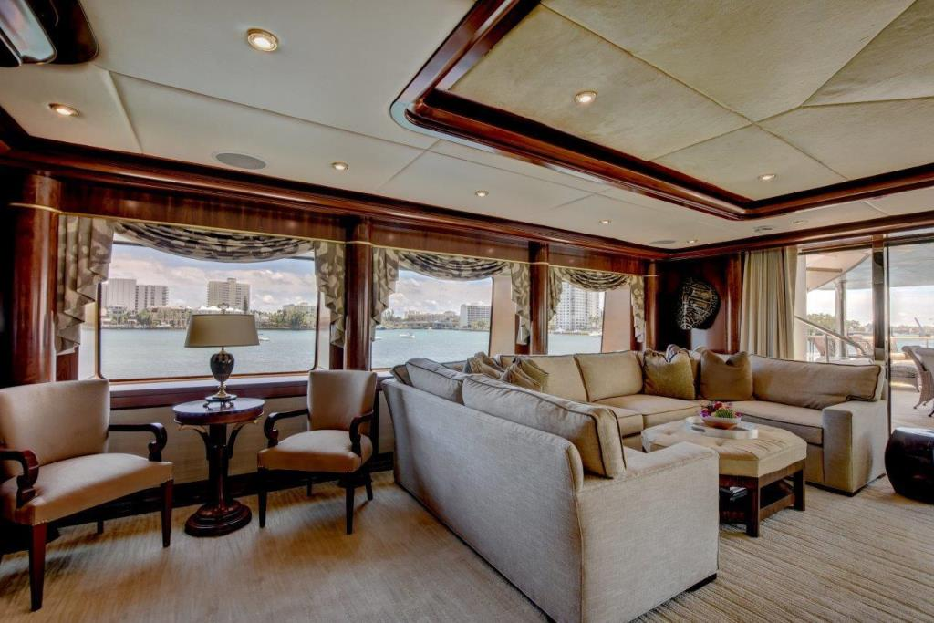 2010 Trinity Yachts Tri-Deck MY Image Thumbnail #9