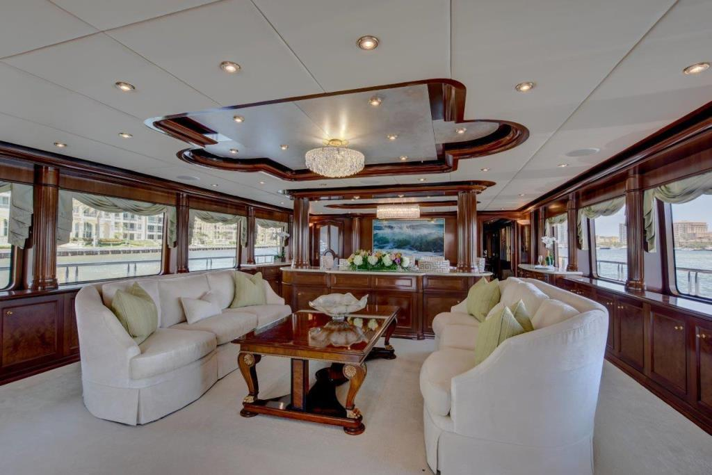 2010 Trinity Yachts Tri-Deck MY Image Thumbnail #2