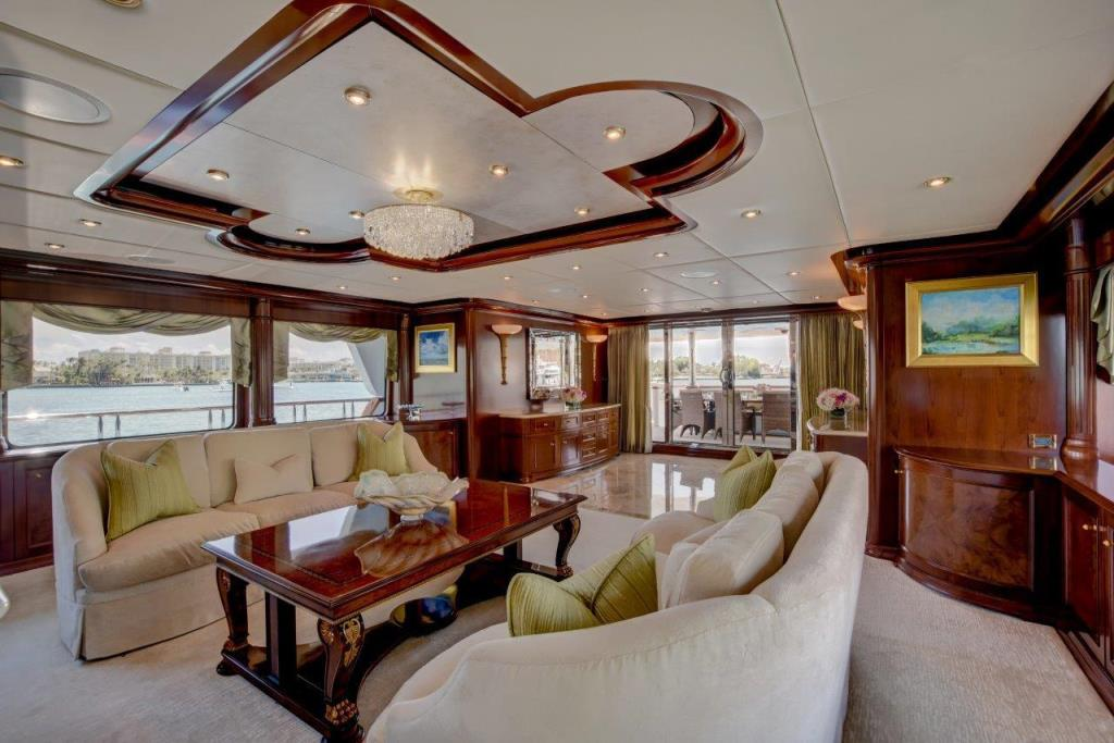 2010 Trinity Yachts Tri-Deck MY Image Thumbnail #3