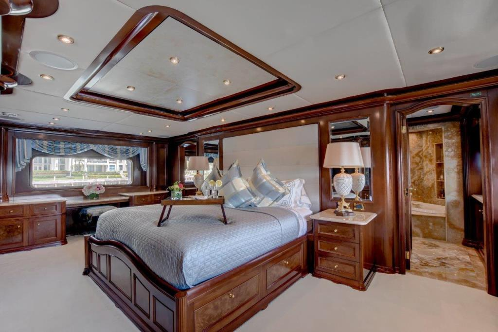 2010 Trinity Yachts Tri-Deck MY Image Thumbnail #25