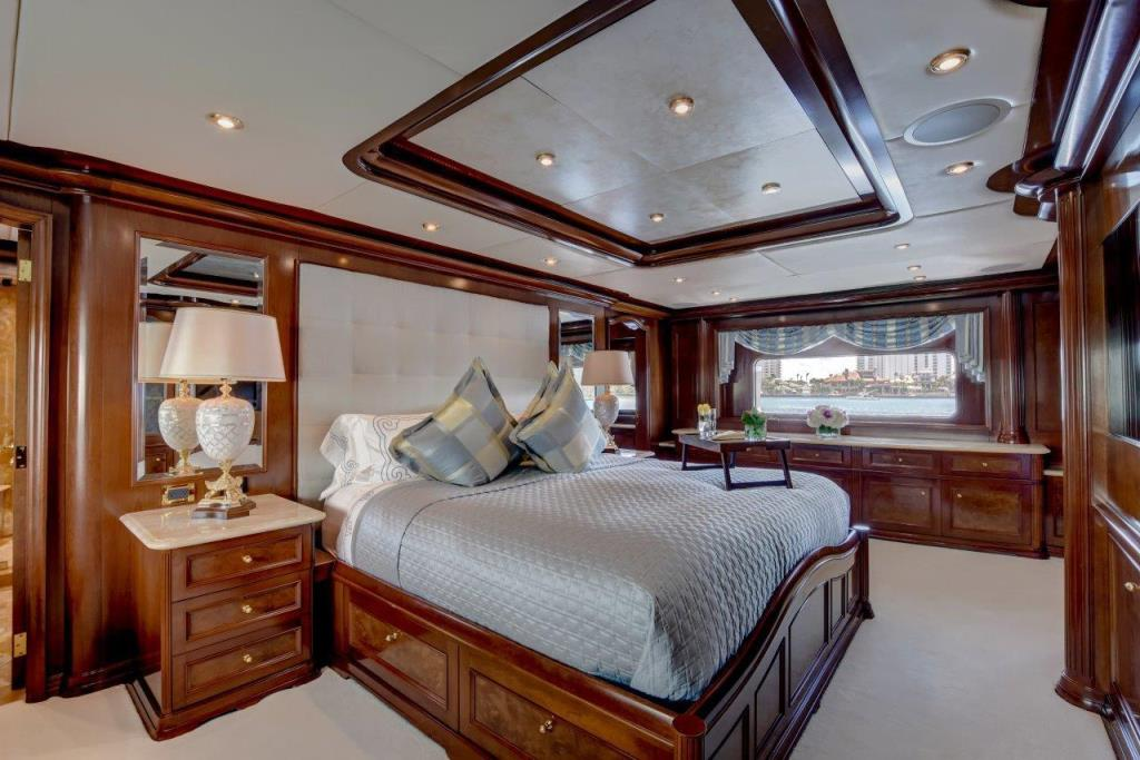 2010 Trinity Yachts Tri-Deck MY Image Thumbnail #26