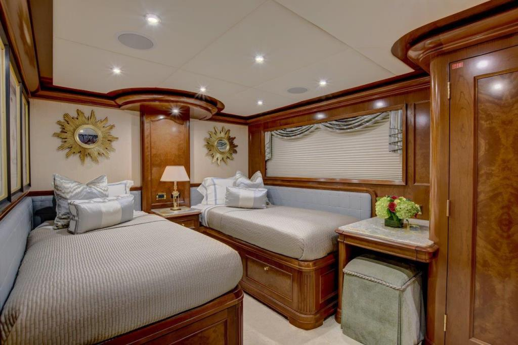 2010 Trinity Yachts Tri-Deck MY Image Thumbnail #27