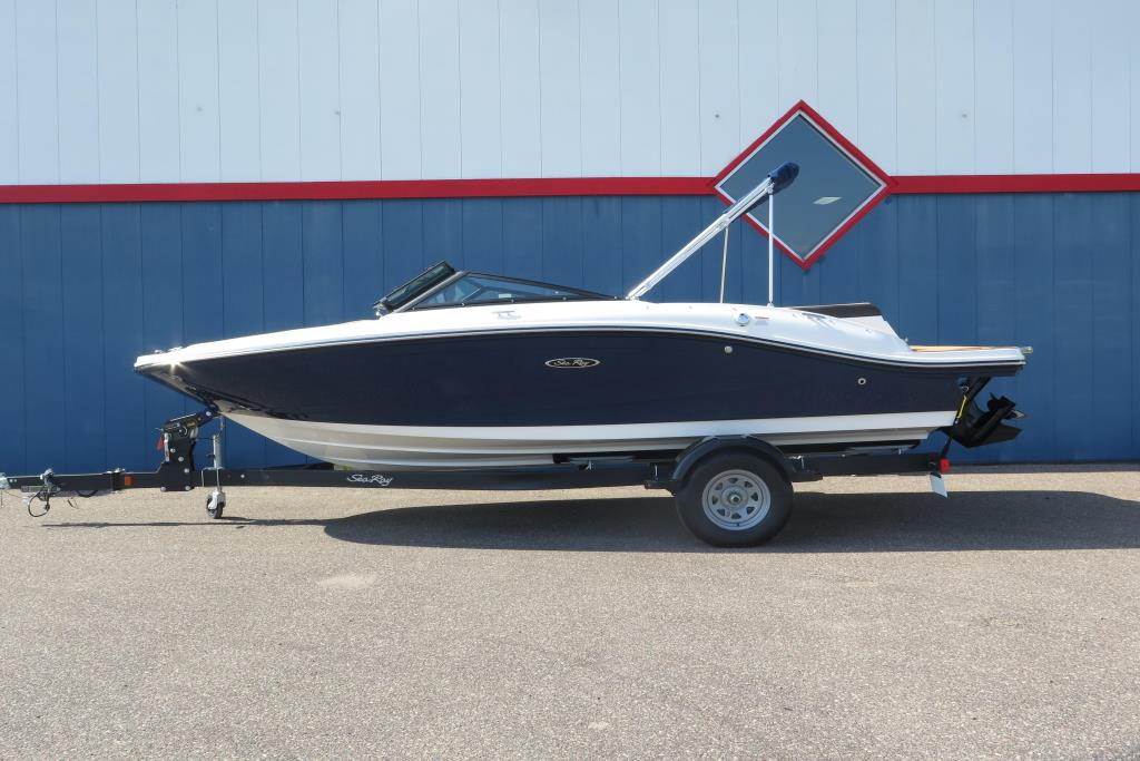 Photo 2 for 2019 Sea Ray SPX 190
