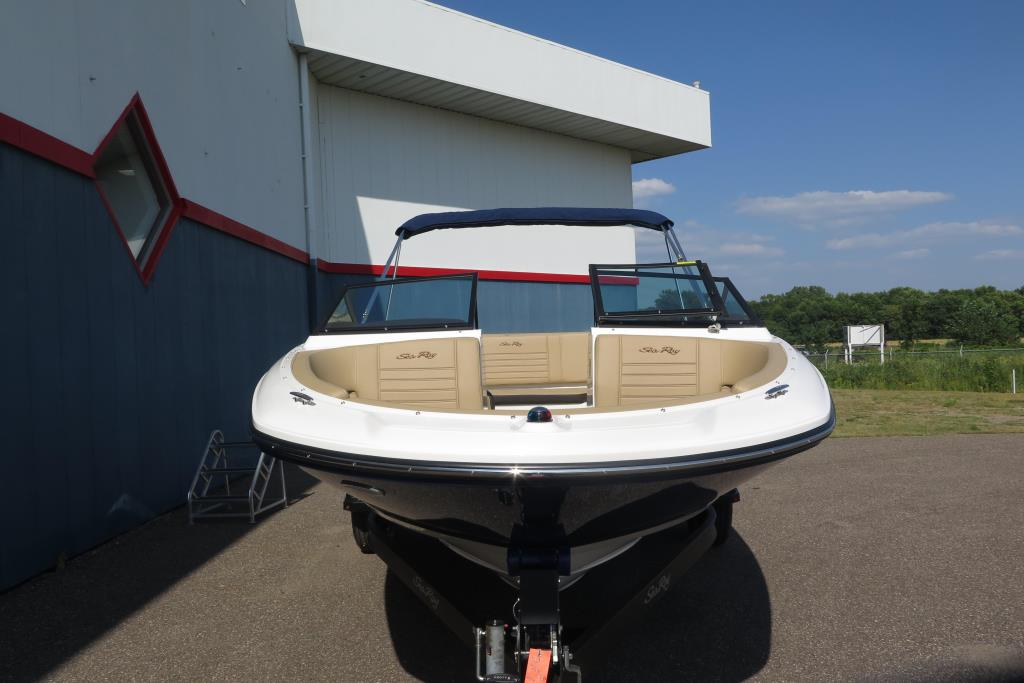 Photo 9 for 2019 Sea Ray SPX 190