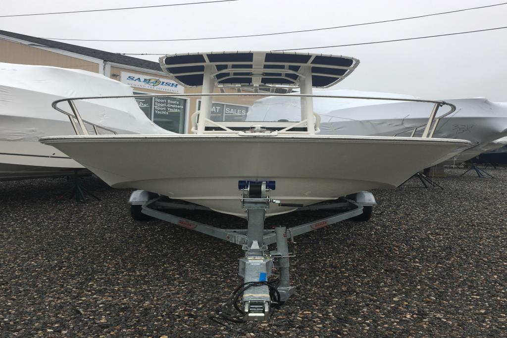 2019 Boston Whaler 210 Montauk Image Thumbnail #4