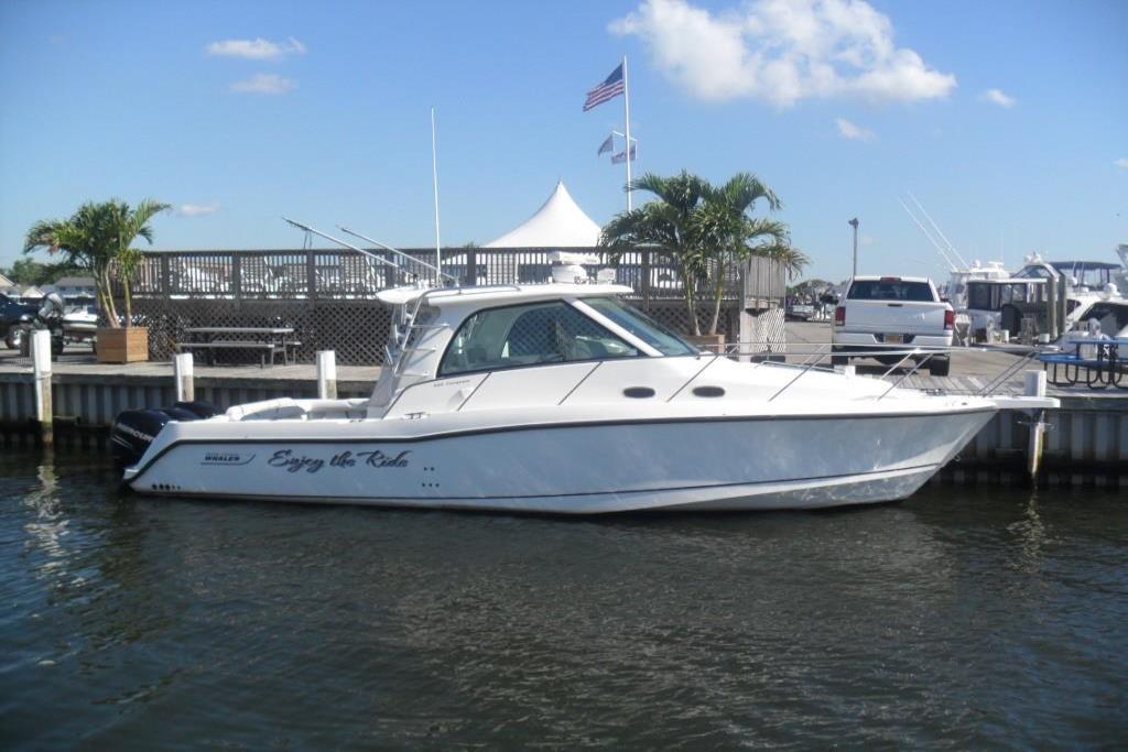 2009 Boston Whaler 345 Conquest Image Thumbnail #0