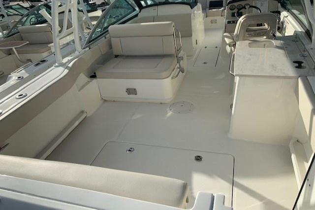2019 Boston Whaler 270 Vantage Image Thumbnail #5