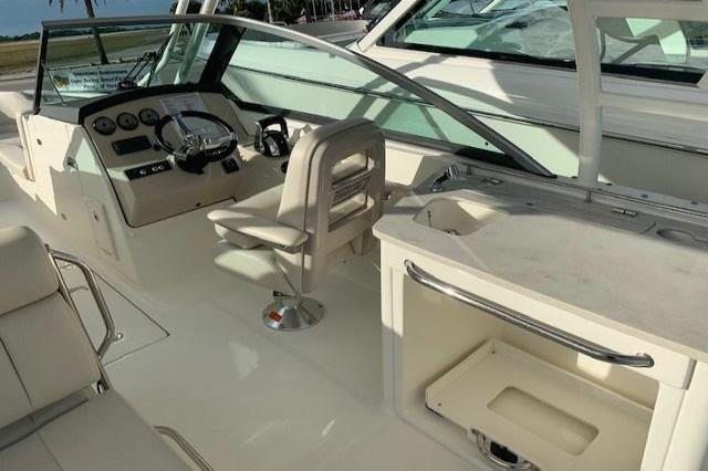 2019 Boston Whaler 270 Vantage Image Thumbnail #7