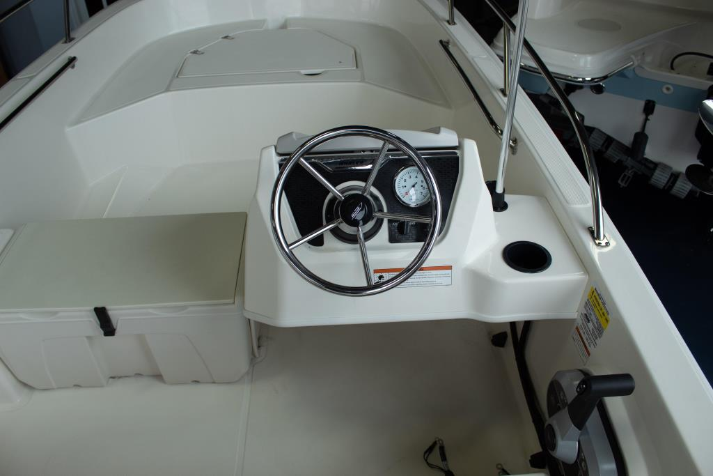 2019 Boston Whaler                                                              160 Super Sport Image Thumbnail #5