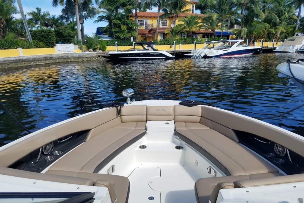 2016 Sea Ray 350 SLX Image Thumbnail #5