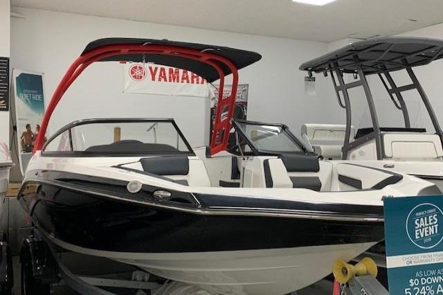 2019 Yamaha Ar195