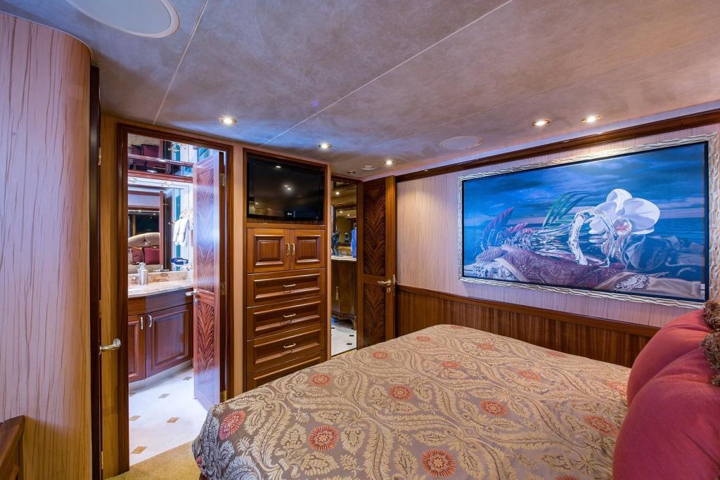 2010 Westport Raised Pilothouse Image Thumbnail #32