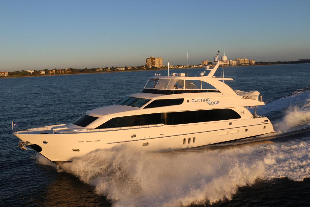 2016 Hargrave Raised Pilothouse