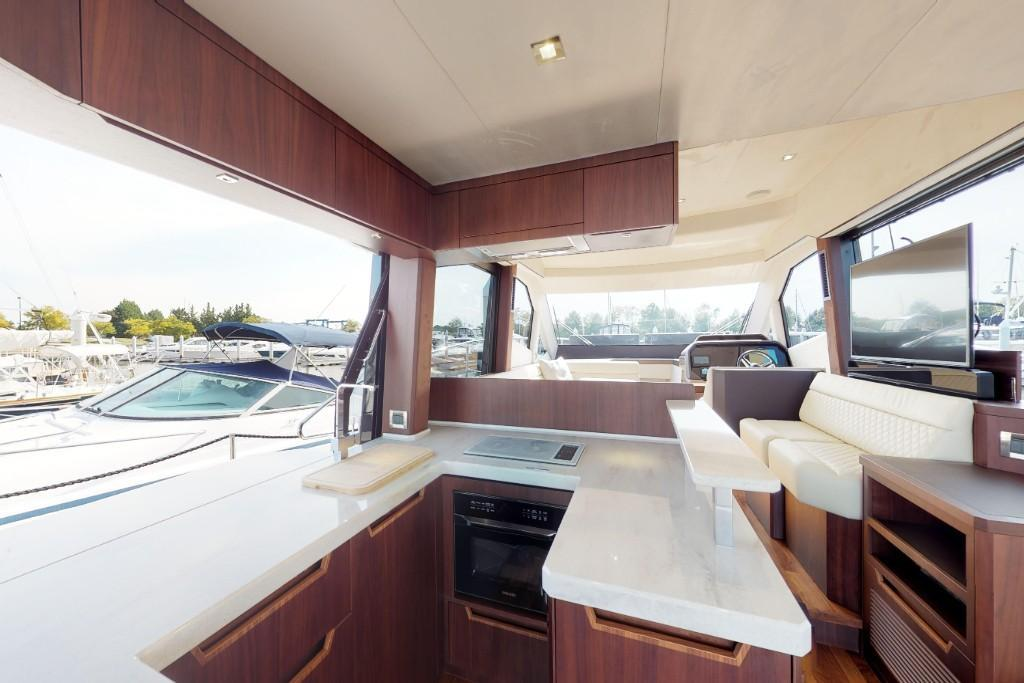 Photo 42 for 2020 Galeon 500FLY