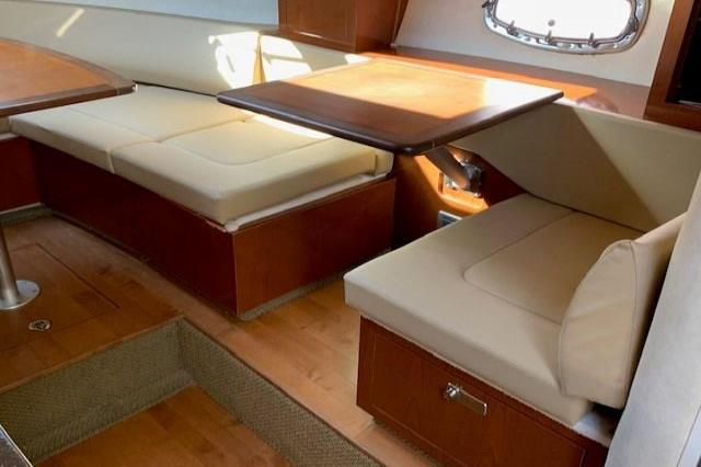 2012 Sea Ray 310 Sundancer Image Thumbnail #29