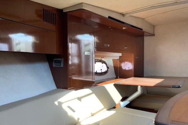 2012 Sea Ray 310 Sundancer Image Thumbnail #36
