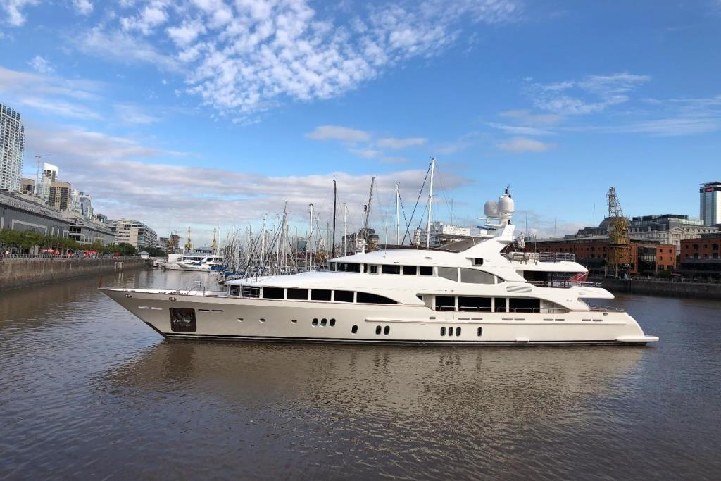Photo 17 for 2010 Benetti Vision