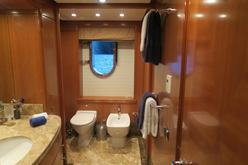 Photo 36 for 2010 Benetti Vision