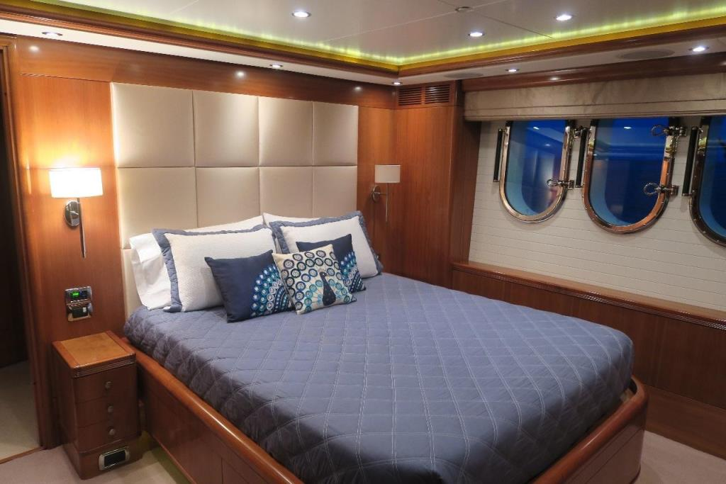 Photo 44 for 2010 Benetti Vision