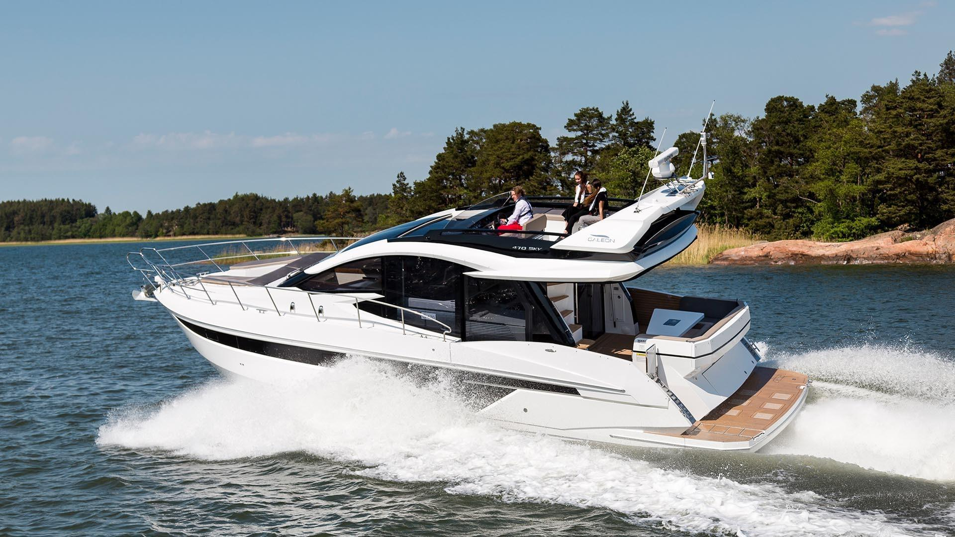 Thumbnail 3 for 2021 Galeon 470 SKY