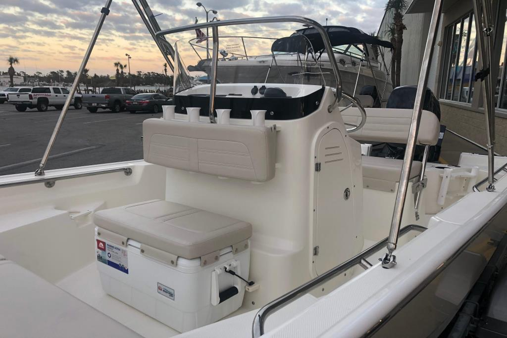 2019 Boston Whaler 150 Montauk Image Thumbnail #4