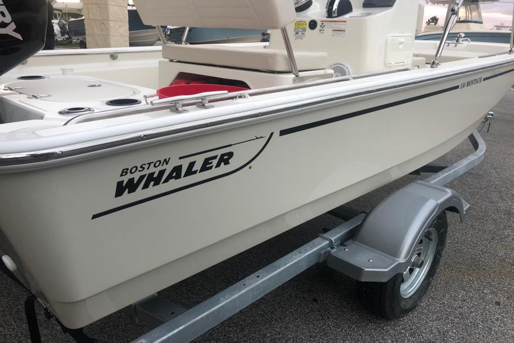 2019 Boston Whaler 150 Montauk Image Thumbnail #12
