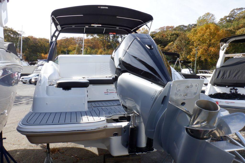 2019 Sea Ray SDX 250 Outboard Image Thumbnail #5
