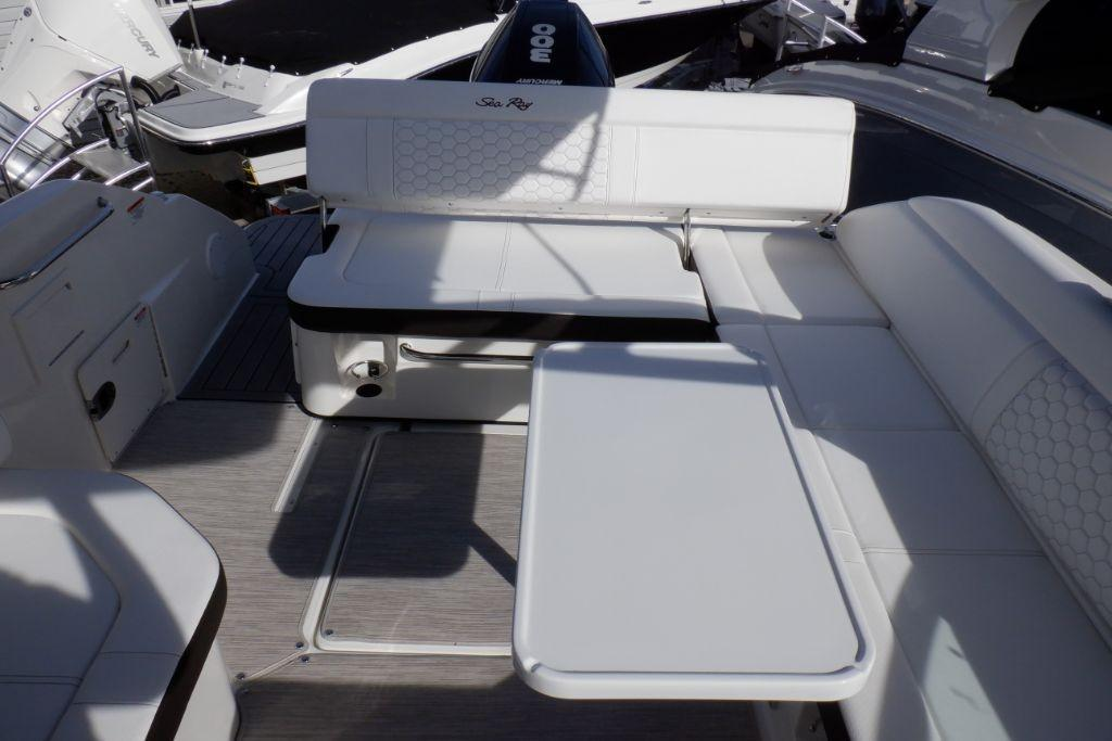 2019 Sea Ray SDX 250 Outboard Image Thumbnail #13