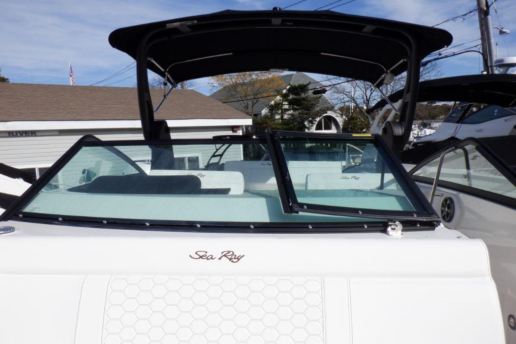 2019 Sea Ray SDX 250 Outboard Image Thumbnail #20