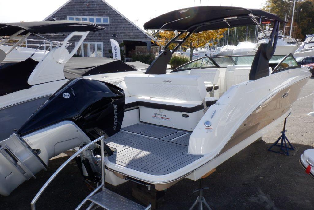 2019 Sea Ray SDX 250 Outboard Image Thumbnail #4
