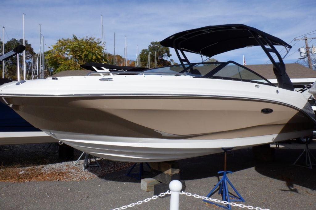 2019 Sea Ray SDX 250 Outboard Image Thumbnail #0