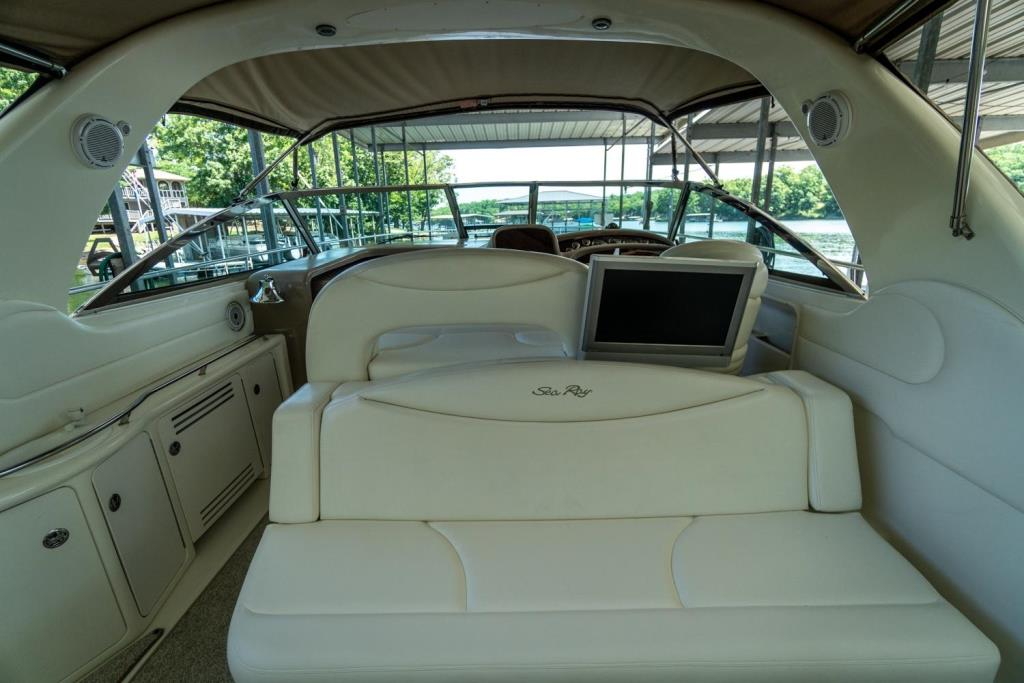 2002 Sea Ray 410 Express Cruiser  Image Thumbnail #2