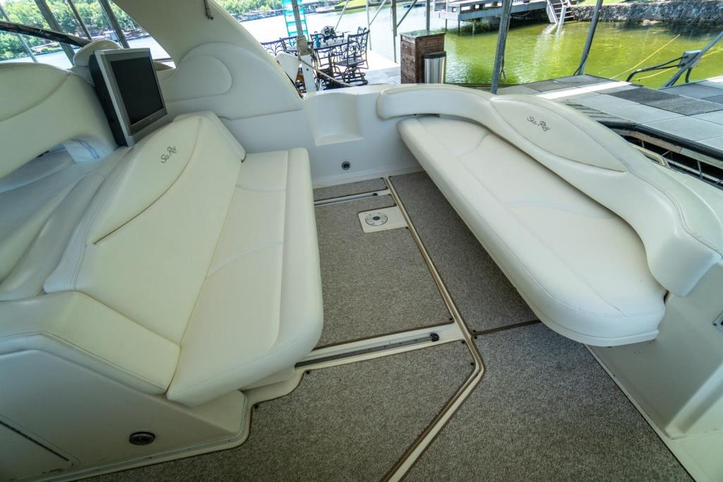 2002 Sea Ray 410 Express Cruiser  Image Thumbnail #3