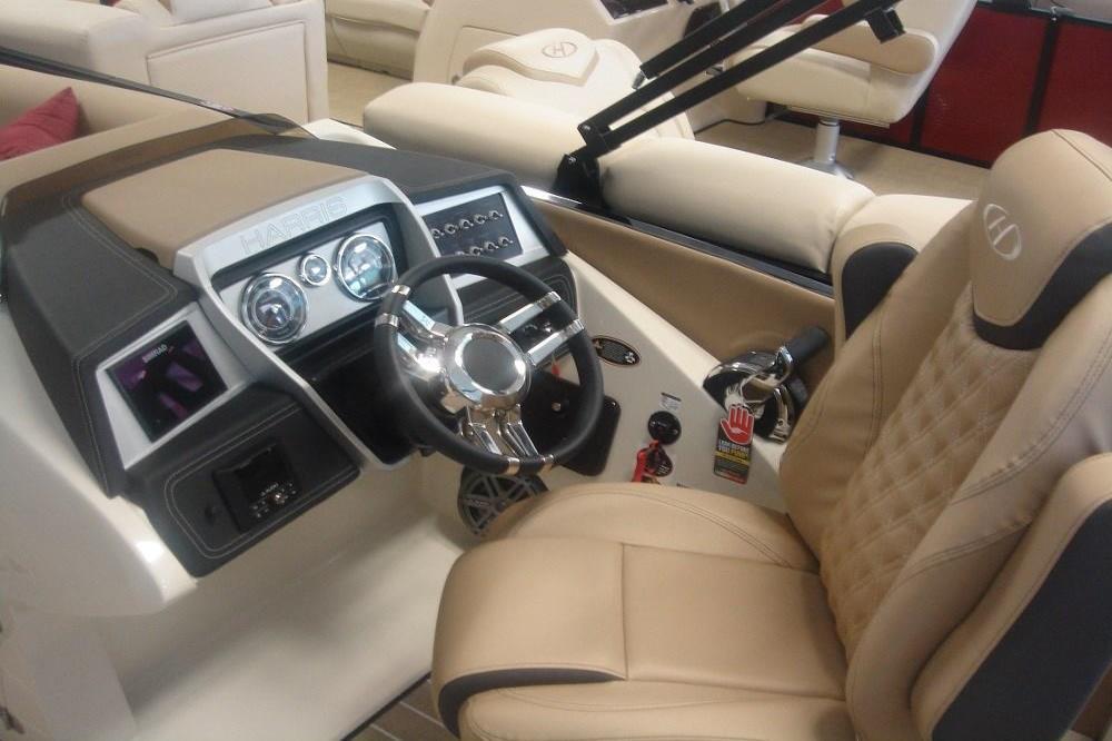 2020 Harris                                                              Crowne SL 250 Image Thumbnail #3