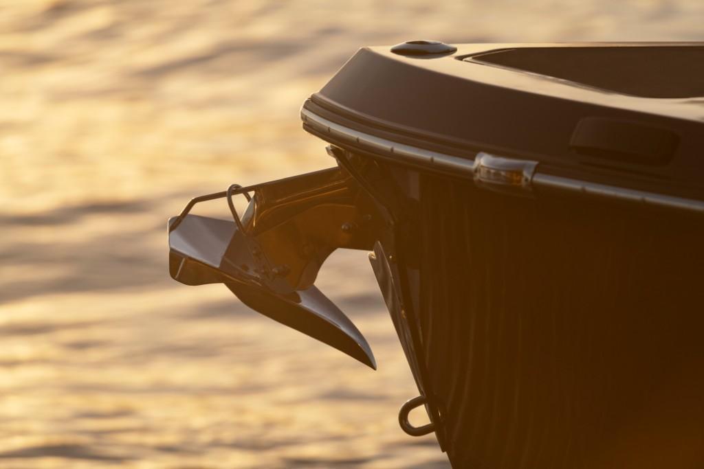 2021 Aviara                                                              AV32 Outboard Image Thumbnail #7