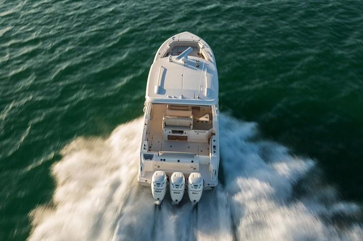 2019 Boston Whaler 350 Realm Image Thumbnail #3